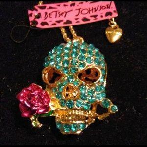 BETSEY JOHNSON~ Sugar SKull  Necklace
